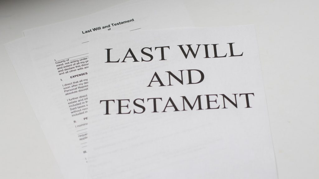Seeking the help of a probate lawyer is important for several important reasons.